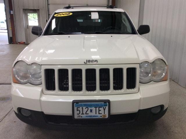 Used 2008 Jeep Grand Cherokee Laredo with VIN 1J8GR48K98C190272 for sale in New Ulm, Minnesota