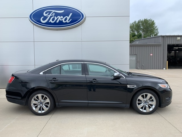 Used 2011 Ford Taurus Limited with VIN 1FAHP2FW6BG157408 for sale in New Ulm, Minnesota