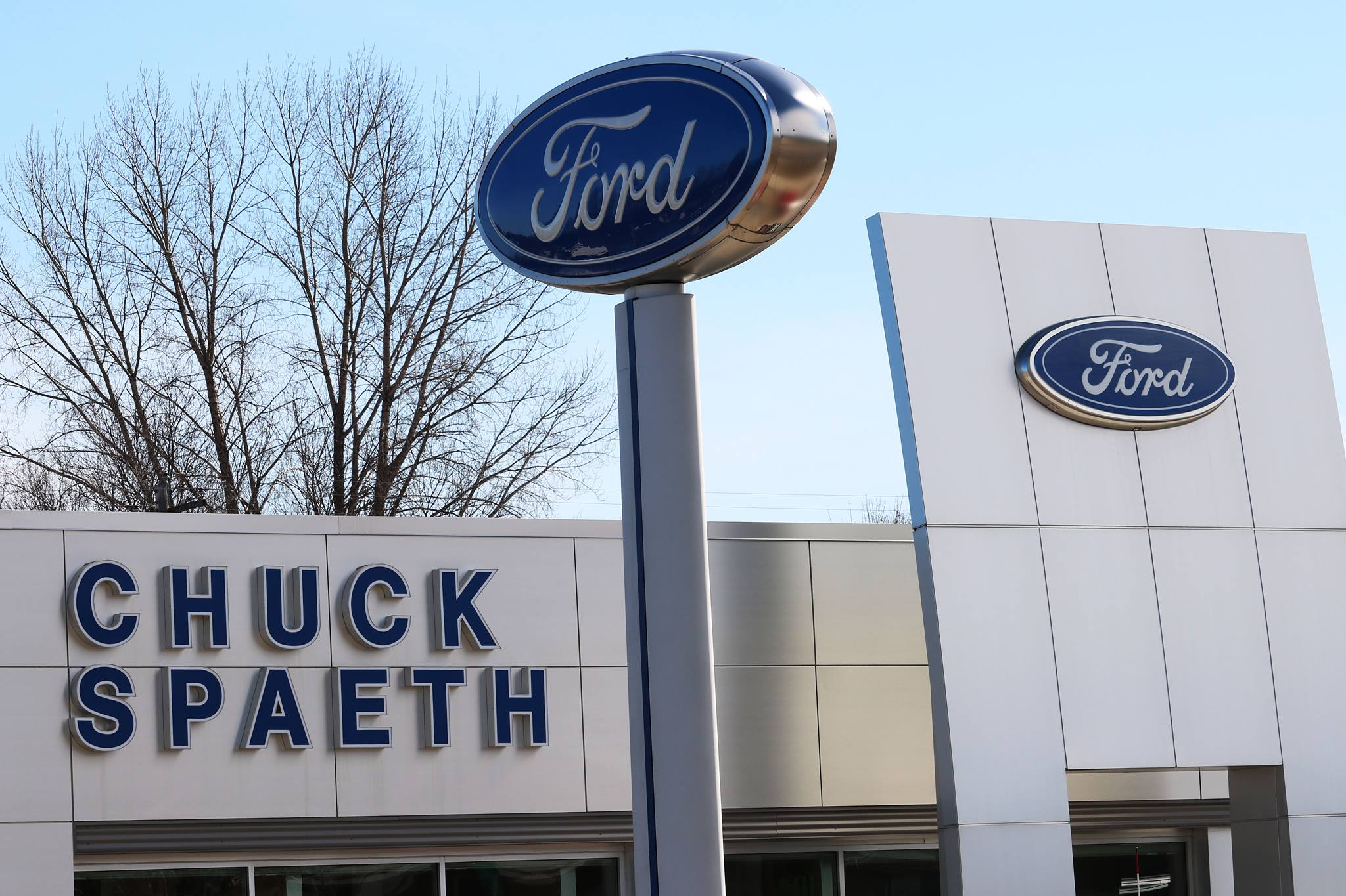 Ford Dealers Mn >> Chuck Spaeth Ford Ford Dealership In New Ulm Mn