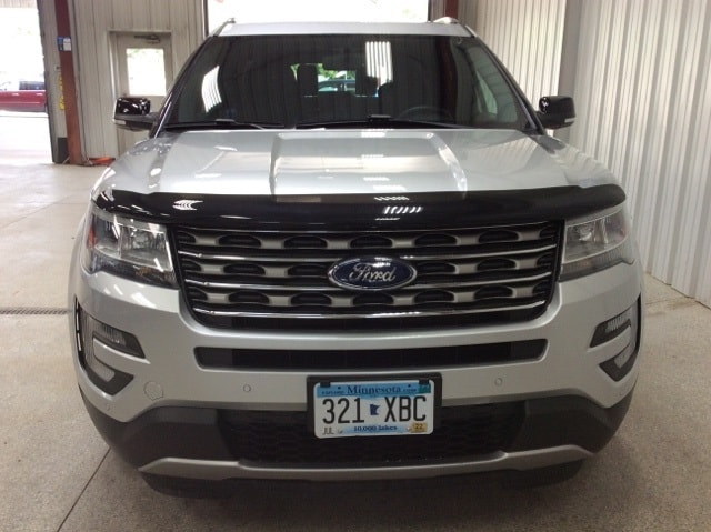 Used 2017 Ford Explorer XLT with VIN 1FM5K8D87HGD55213 for sale in New Ulm, Minnesota