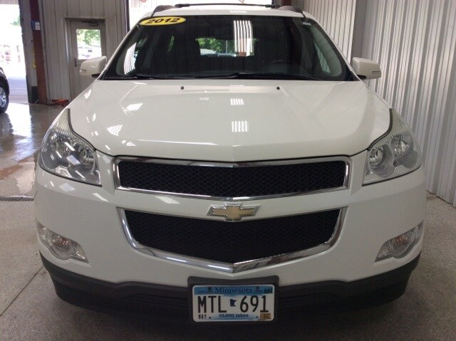 Used 2012 Chevrolet Traverse 2LT with VIN 1GNKVJED3CJ111367 for sale in New Ulm, Minnesota