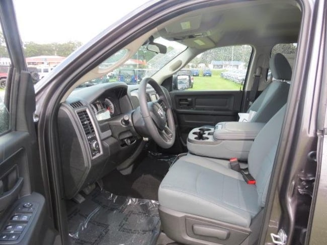 new 2019 ram 1500 classic express crew cab 4x4 5 39 7 box for sale in bay minette al serving. Black Bedroom Furniture Sets. Home Design Ideas