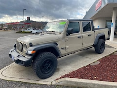 New 2020 Jeep Gladiator SPORT S 4X4 Crew Cab 1C6HJTAG3LL166570 in The Dalles