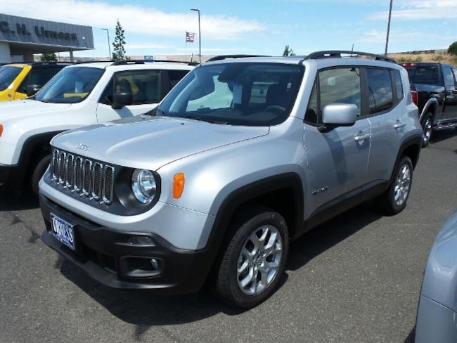 New 2018 Jeep Renegade LATITUDE 4X4 Sport Utility for sale in The Dalles