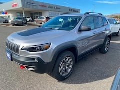 Buy a 2020 Jeep Cherokee TRAILHAWK 4X4 Sport Utility in The Dalles, OR