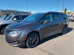 Buy a 2020 Chrysler Pacifica TOURING L PLUS Passenger Van in The Dalles, OR