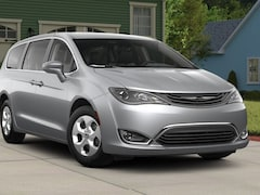New 2018 Chrysler Pacifica Hybrid TOURING PLUS Passenger Van in The Dalles