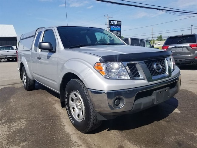 2012 Nissan Frontier S | Full Utility Cap, Extended Cab Extended Cab