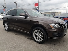 2011 Audi Q5 3.2L Premium AWD | Panoramic sunroof SUV