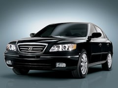 Used 2006 Hyundai Azera SE Sedan for sale in Shrewsbury, NJ