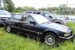 2001 BMW 7 Series 740iL Sedan