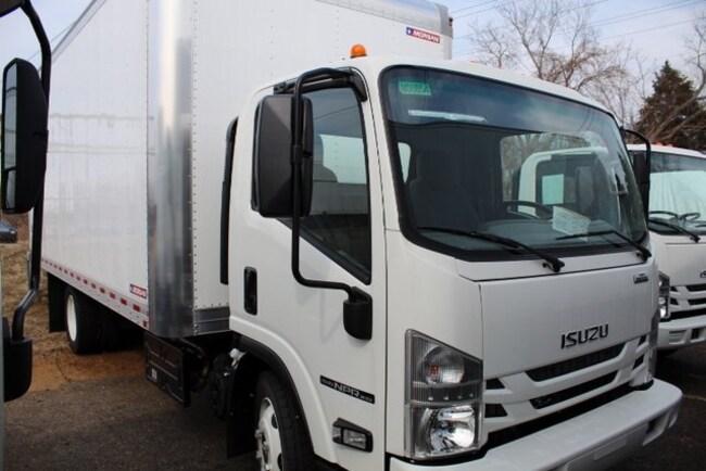 2019 Isuzu NPR XD Minivan/Van