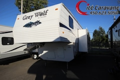 2008 CHEROKEE Grey Wolf 235BH Bunk bed !! Fithwheel Une grand extension