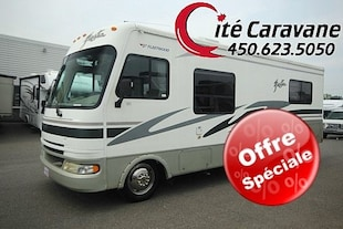 2005 FLEETWOOD Fiesta Classe A 27 pieds RV / VR 26Q SKIRT PAINT !! MÉCANIQUE GM !!
