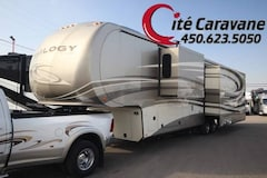 2015 DYNAMAX Trilogy 39FB 3 Slide out FULL PAINT