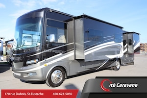 2015 FOREST RIVER Georgetown 377 BLACK DIAMOND Classe A 37 pieds 3 extensions