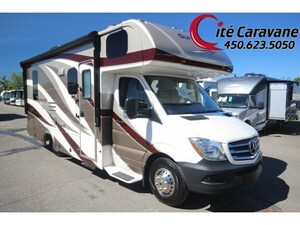 2019 FOREST RIVER Sunseeker MBS 2400R ! Mercedes Sprinter Full body paint ! toit en fibre de verre !