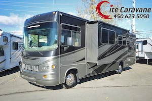 2012 FOREST RIVER Georgetown 327 2012 Full PAINT 2 extensions . classe A 33 pieds