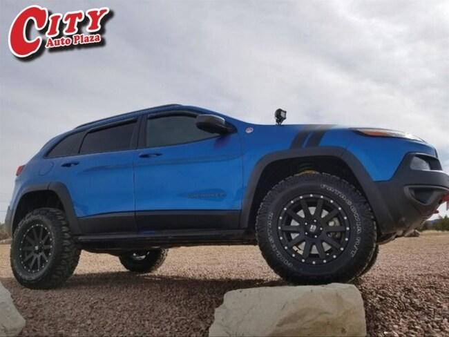 Used 2017 Jeep Cherokee Trailhawk 4x4 SUV for Sale Near Pueblo, Colorado