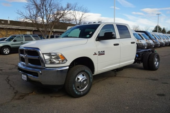 New 2018 Ram 3500 TRADESMAN CREW CAB CHASSIS 4X4 172.4 WB Crew Cab For Sale Near Pueblo, Colorado