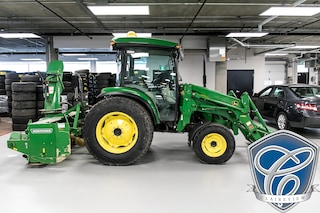 2013 John Deere JD 4720 4x4 Tractor Cab with Blower and Bucket Truck
