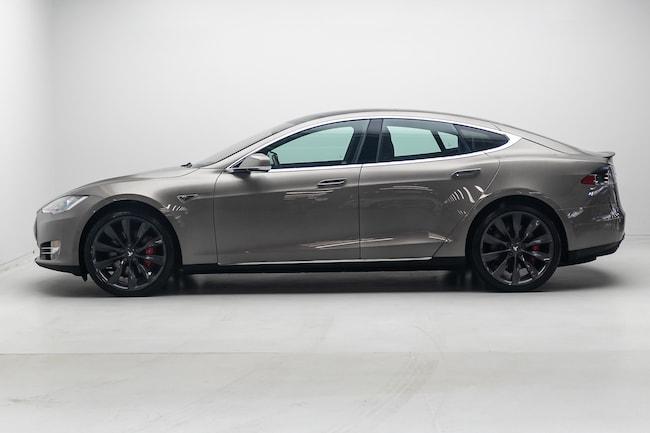 2015 Tesla Model S P85D, 21