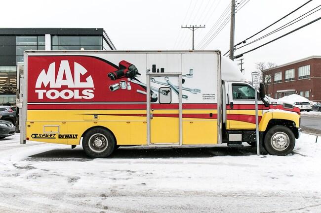 2007 GMC C6500 Diesel MAC Tool Truck with Tailgate Ramp