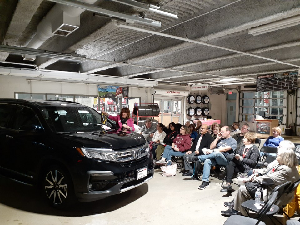 Know your Car Night Event at Clarington Honda in Bowmanville, ON