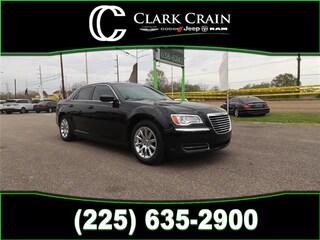 2014 Chrysler 300 Rear-wheel Drive Sedan