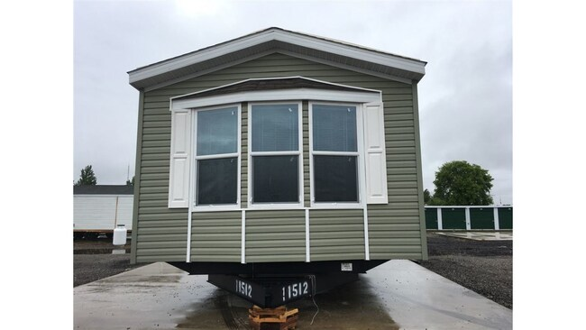 2018 Fairmont Homes - -