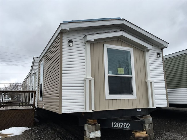 Used 2017 Fairmont Homes - For Sale at Clark's Mobile Homes | VIN: