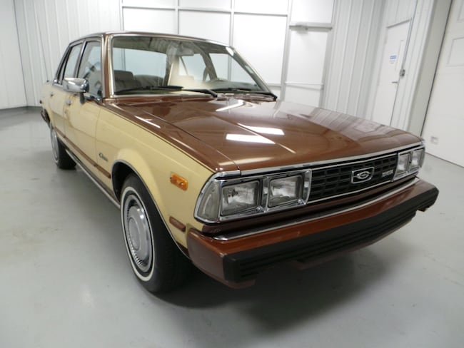 1980 Toyota Corona Luxury Edition Sedan