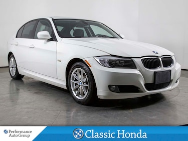 2011 BMW 3 Series 323i | LEATHER | SUNROOF | BLUETOOTH | ALLOYS Sedan