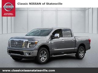 2017 Nissan Titan SL Truck Crew Cab