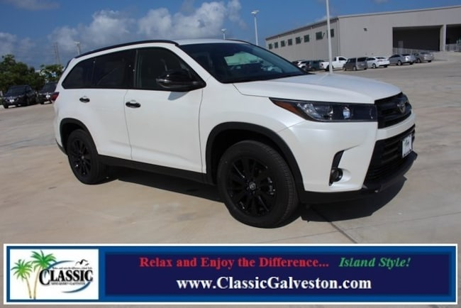 New 2019 Toyota Highlander SE V6 SUV in Galveston, TX