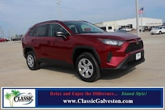 New 2019 Toyota RAV4 LE SUV in Galveston, TX