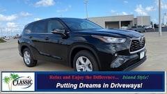 New 2020 Toyota Highlander LE SUV in Galveston, TX
