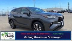 New 2020 Toyota Highlander XLE SUV in Galveston, TX