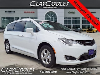 New 2018 Chrysler Pacifica Hybrid TOURING L Passenger Van Irving, TX