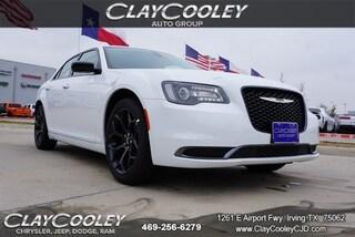 New 2020 Chrysler 300 TOURING Sedan Irving, TX