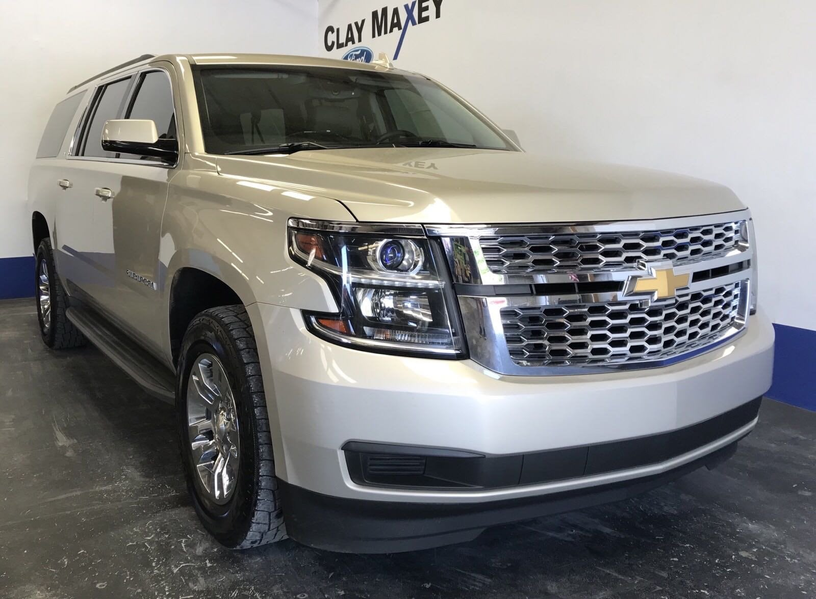 2015 Chevrolet Suburban LT 4WD  LT