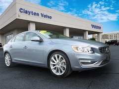 2018 Volvo S60 T5 Inscription AWD T5 Inscription  Sedan LYV402TK6JB156266