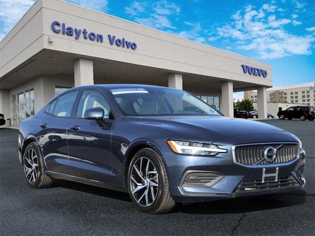 2020 Volvo S60 T6 Momentum AWD T6 Momentum  Sedan