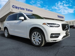 Certified Pre-Owned 2017 Volvo XC90 T6 Momentum AWD T6 Momentum  SUV YV4A22PKXH1128895 for Sale in Knoxville