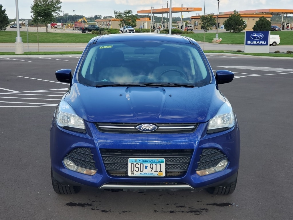 Used 2015 Ford Escape SE with VIN 1FMCU9G99FUA25406 for sale in Rochester, Minnesota
