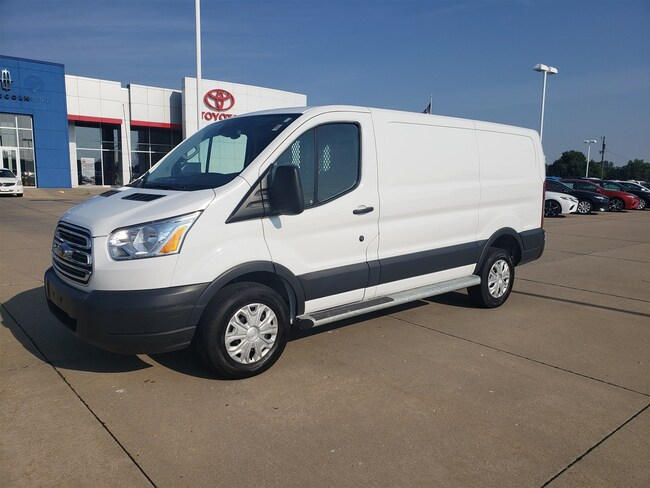 2018 Ford Transit Van T-250 130 Low Rf 9000 GVWR Swing-Out RH Dr