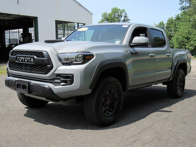 Used 2017 Toyota Tacoma TRD Pro V6 For Sale in Clinton