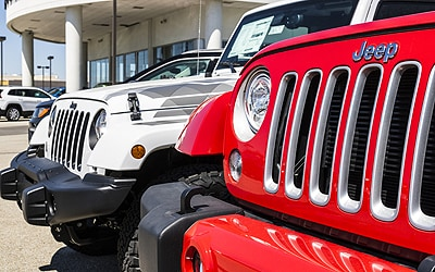Jeep Dealers In Iowa >> Clinton Auto Group Jeep Dealership In Davenport Ia 52722