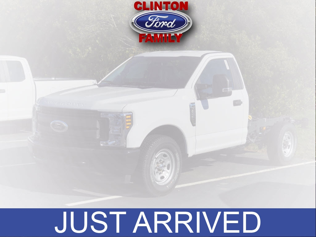2019 Ford F-250 Super Duty F-250 XL 4x2 XL  Regular Cab 8 ft. LB Pickup