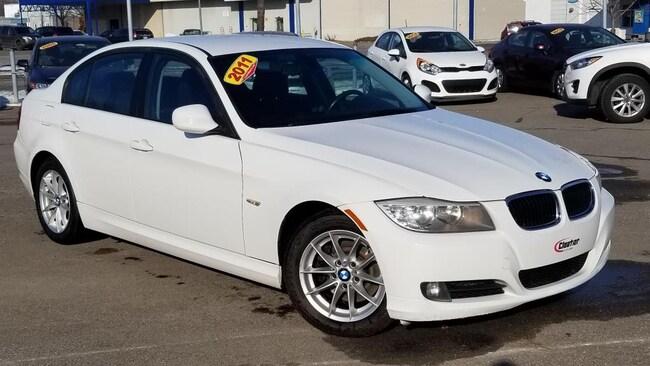 2011 BMW 323 i Sedan